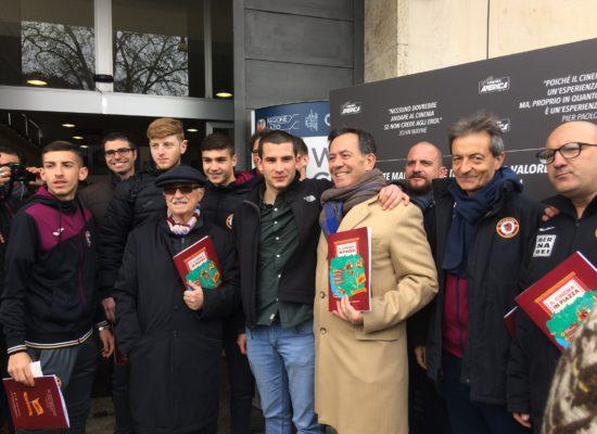 """Il Trastevere calcio alla presentazione di """"Cinema in Piazza"""". Il Presidente Betturri: """"Tifosi Trastevere primi tifosi Cinema America"""""""