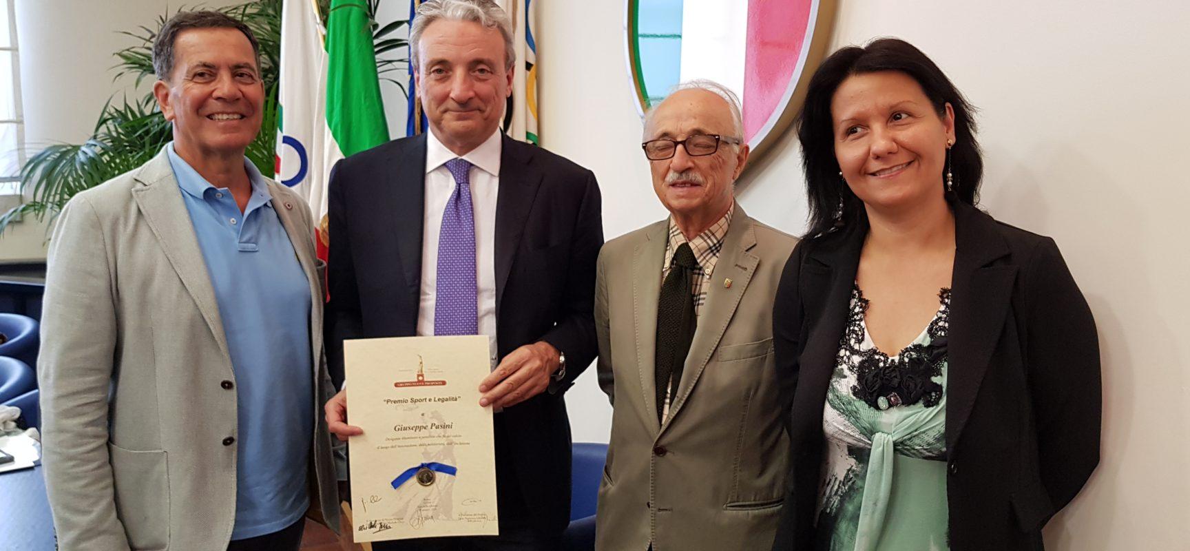 """Premio """"Sport e legalità"""", presenti alla consegna Presidente e vice Presidente"""