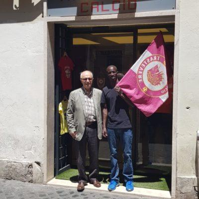 """Ezekiel Kemboi in visita a Trastevere. D'Alessio: """"La nostra società apprezzata a tutti i livelli sportivi"""""""